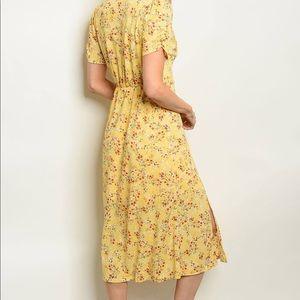 Pretty Yellow floral dress